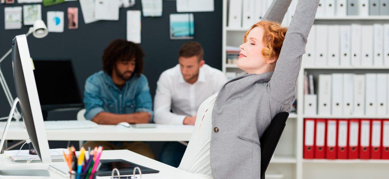 Aprende a hacer los ejercicios perfectos ¡en tu propia oficina!