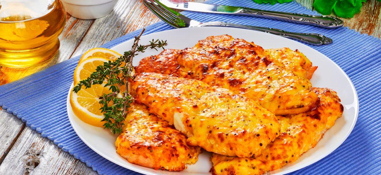 Pollo a la mostaza con arroz, una opción infaltable en tu menú