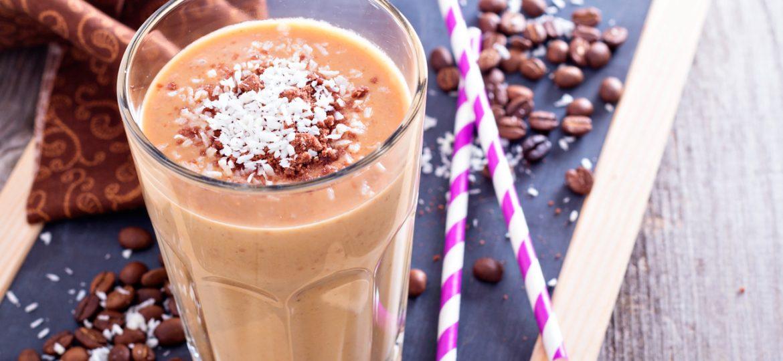 Batido helado de café y coco + receta de galletas