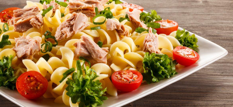 Pasta y atún: ¡Una ensalada fuera de lo común!