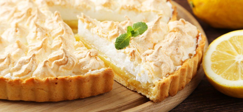 ¡Aprende a preparar el mejor pastel de limón con frutos secos!